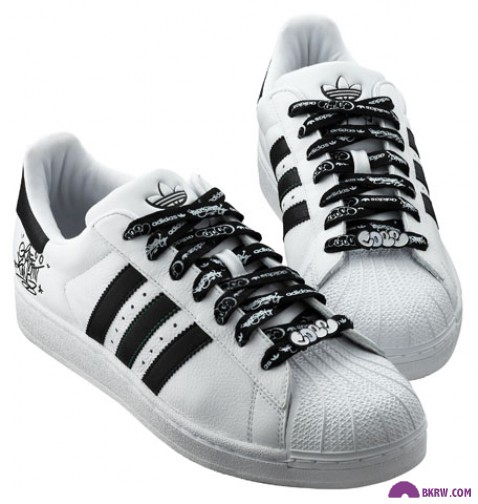 COPE 2 x ADIDAS l FOOTLOCKER
