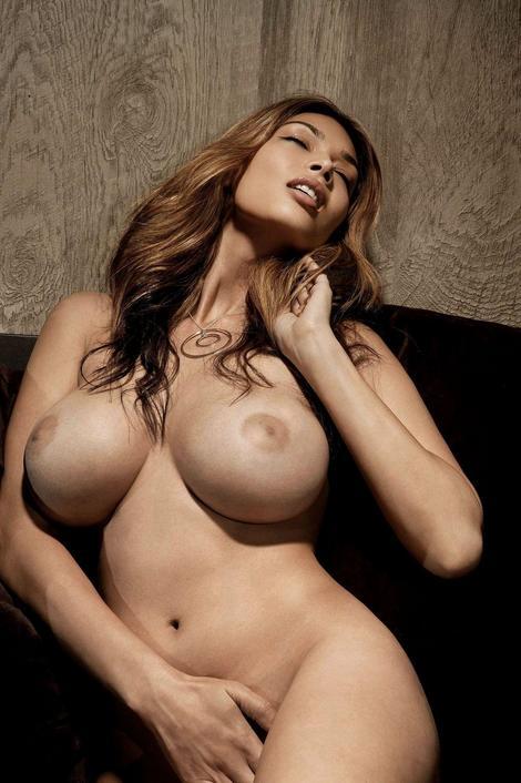 tera patrick topless 2thumb