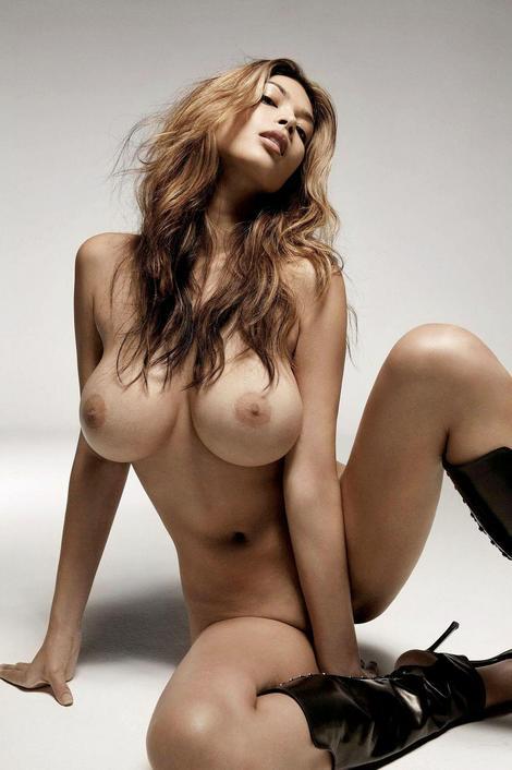 tera patrick topless 3thumb