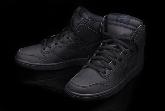 Nike Dunk Haut Rouleau De Black-out Sb Premium