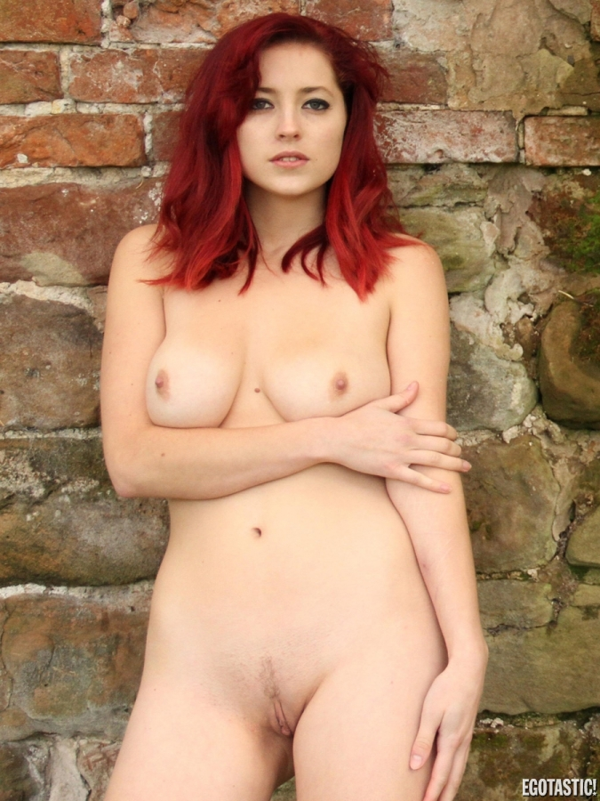 Lucy Collett Nude Video
