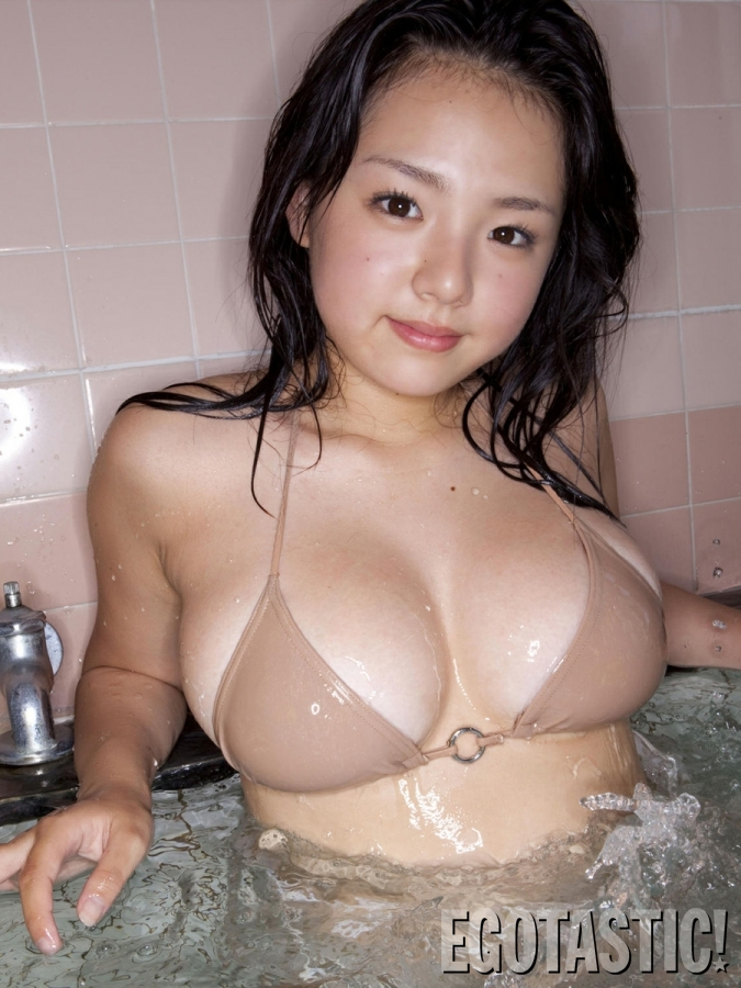 ai-shinozak-asian-boobtastic-photoshoot-05-675x900