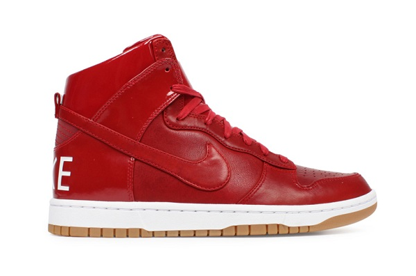 nike-dunk-high-lux-sp-gym-red-1